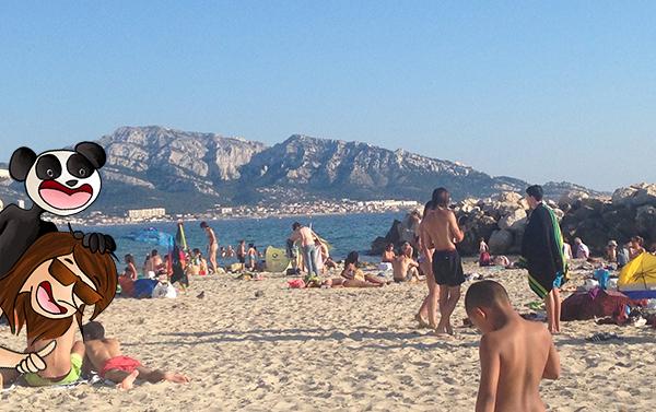 Pique-nique sur la plage à Marseille